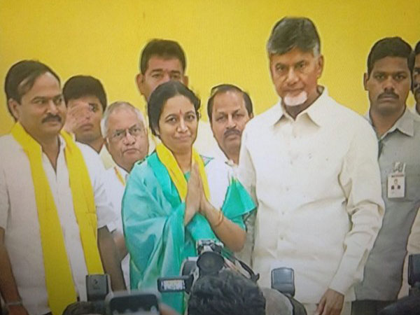 Forer YSRCP leader Gouru Charita Reddy joins TDP along with her husband Photo/ANI