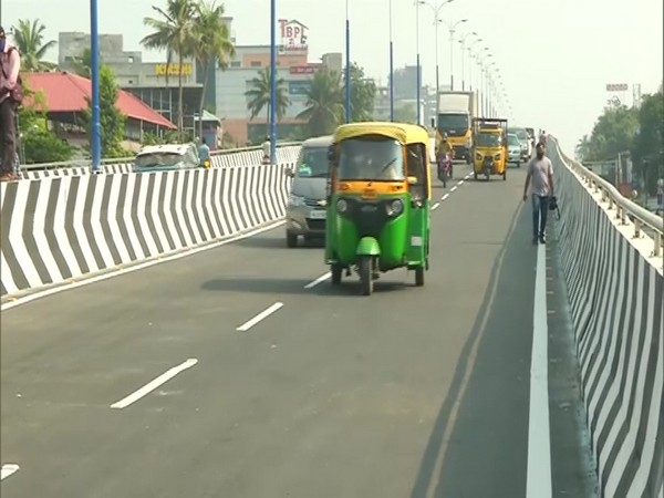 Palarivattom flyover in Kochi reopened for the public earlier on Sunday after its reconstruction. (Photo/ANI)
