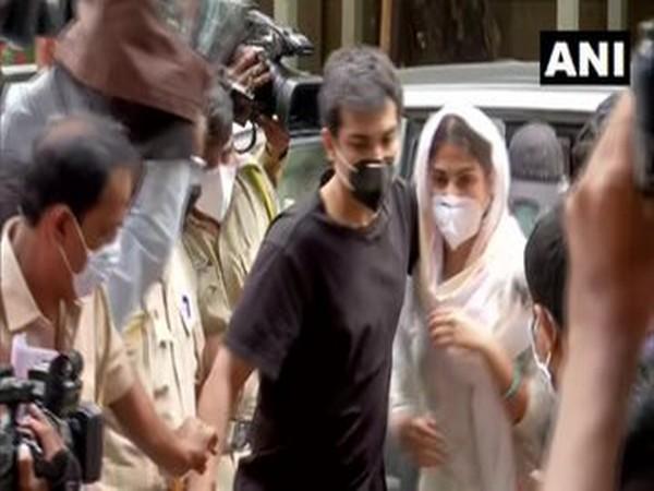 Rhea Chakraborty outside ED office in Mumbai on Monday. [Photo/ANI]