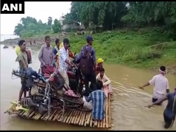 People face hardships while crossing the Ajay river daily.