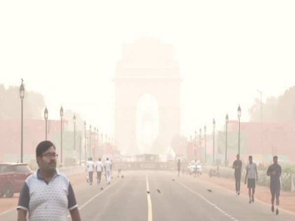 AQI plunges to very poor category in New Delhi on Friday [Photo/ANI]