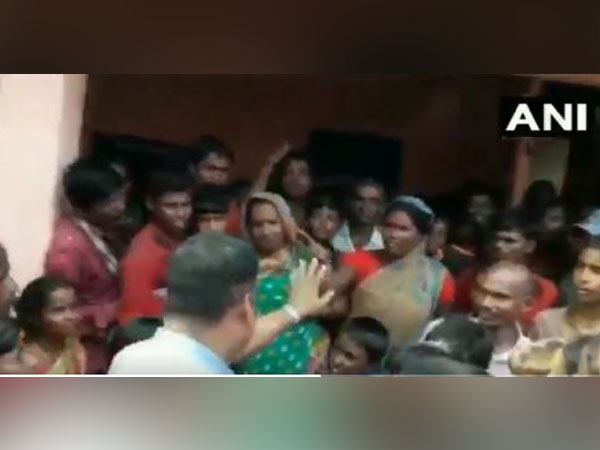 ruckus broke out at a community kitchen in Katihar, Bihar on Sunday