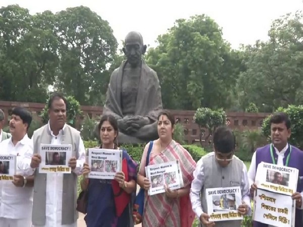 BJP MP Rupa Ganguly and other party MPs from WB protesting outside the Parliament in New Delhi on Friday, Photo/ANI