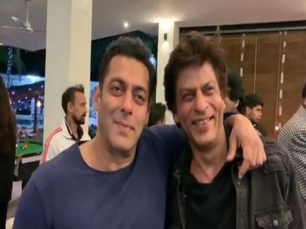 Salman Khan and Shah Rukh Khan (Image courtesy: Instagram)
