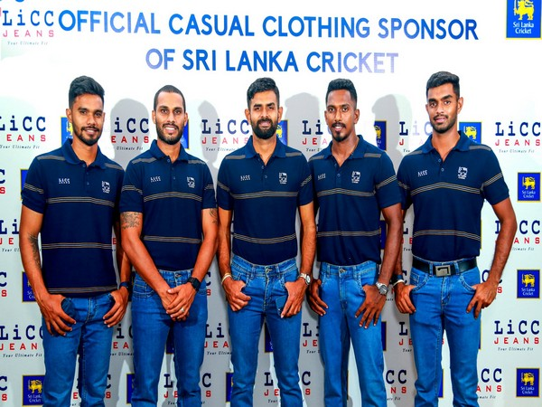 Sri Lanka players before leaving for West Indies. (Photo/ SLC Twitter)