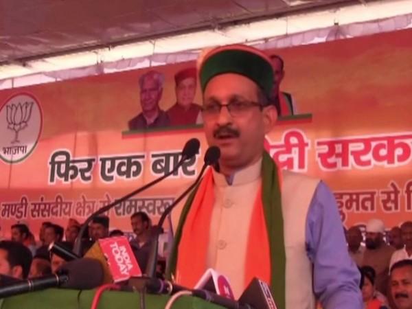 Himachal Pradesh BJP president Satpal Singh Satti speaking at a rally in Mandi on Wednesday. Photo/ANI