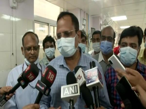 Delhi Power Minister Satyendar Jain (file photo)
