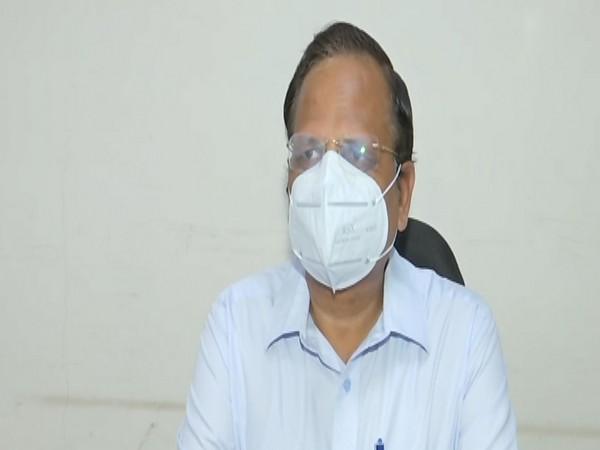 Delhi Health Minister Satyendar Jain speaking to reporters on Wednesday. Photo/ANI
