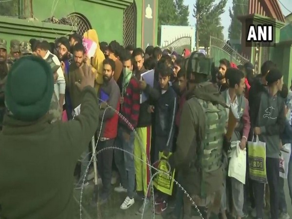 Local youth participated in the recruitment drive of Indian Army in Jammu and Kashmir on Saturday. Photo/ANI