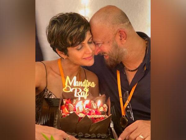 Mandira Bedi with late husband Raj Kaushal (Image Source: Instagram)