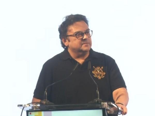 Adnan Sami at the 'Ideas Conclave' in Gujarat