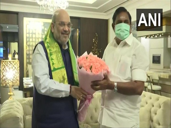 Union Home Minister Amit Shah being facilitated by Chief Minister Edappadi K Palaniswami on Sunday. (Photo/ANI)