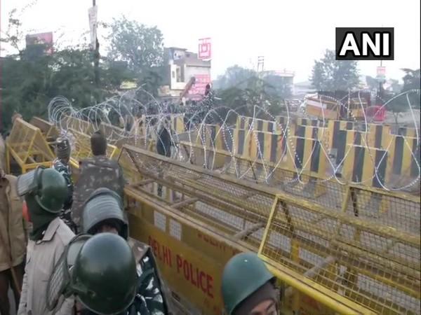 Security tightened on Delhi borders