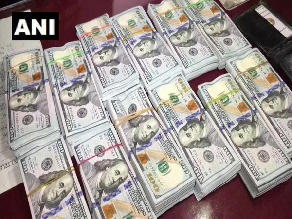 Custom Department have seized 1,38,000 US dollars from Kanchanjunga Express at the Jalpaiguri railway station