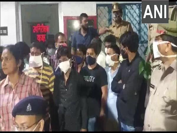 Visual of accused held for gambling from Janki Puram