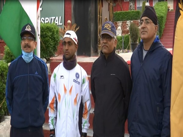 Velu P, athlete of the Indian Army (in white)