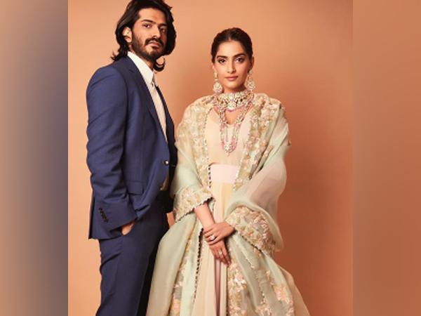 Actors and siblings Harshvardhan Kapoor and Anil Kapoor (Image Source: Instagram)