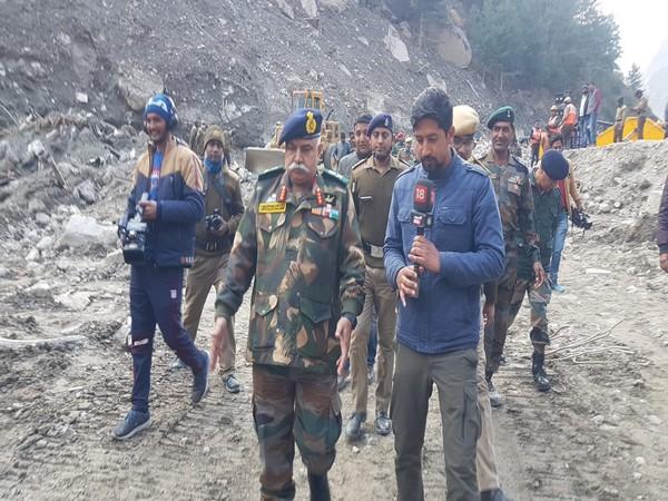 Visual of Lieutenant General Rajeev Chaudhry monitoring the ground situation post Uttarakhand floods (Photo/PIB)