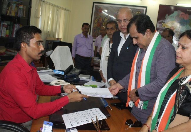 Former AICC spokesperson filing his nomination from Madhubani in Bihar on Tuesday Photo/ANI.