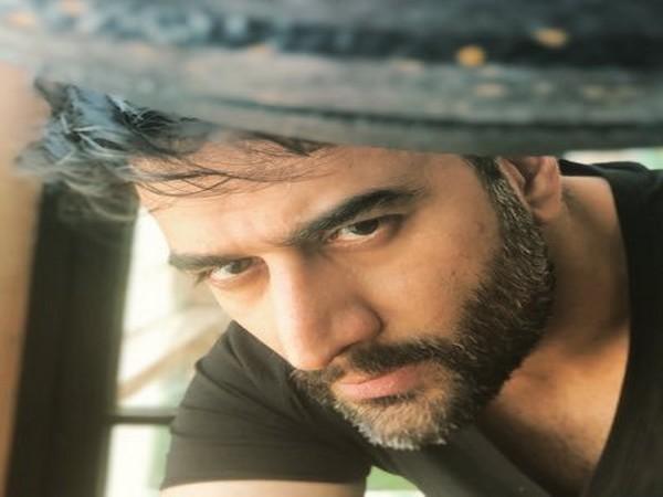 Bollywood music composer Shekhar Ravjiani (pic Twitter)