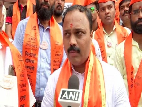 Shiv Sena leader Vishal Dhanawade quit party along with 300 other workers on Wednesday. Photo/ANI