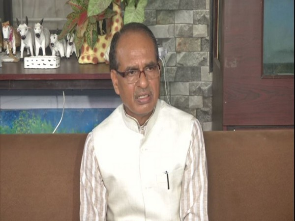 Shivraj Singh Chouhan adresses media in Bhopal on Sunday. [Photo/ANI]