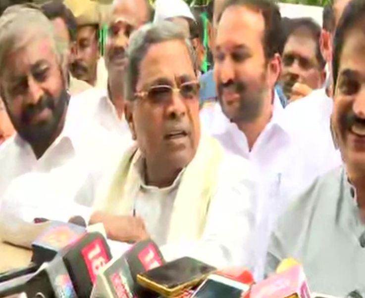 Karnataka Congress Legislature Party leader Siddaramaiah speaking to media.