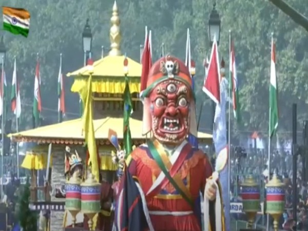 The foremost part of the tableau showed the idol of the mountain Kanchenjunga.