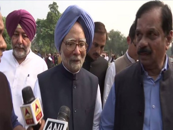Former PM Manmohan Singh speaking to reporters in New Delhi on Tuesday. Photo/ANI