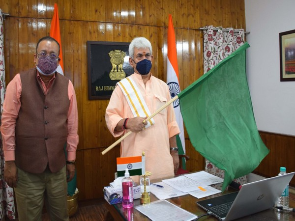 Lieutenant Governor Manoj Sinha flagging off first consignment of IFFCO's Nano Urea (Liquid) from Gujarat virtually.