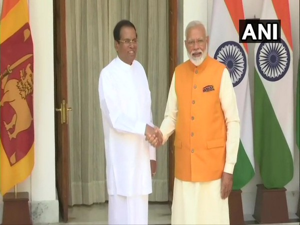 Sri Lankan President Maithripala Sirisena with Prime Minister Narendra Modi at Hyderabad House in New Delhi on May 31 (Photo/ANI)