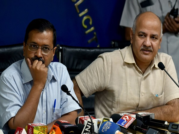 Chief Minister Arvind Kejriwal and Deputy CM Manish Sisodia (File photo)