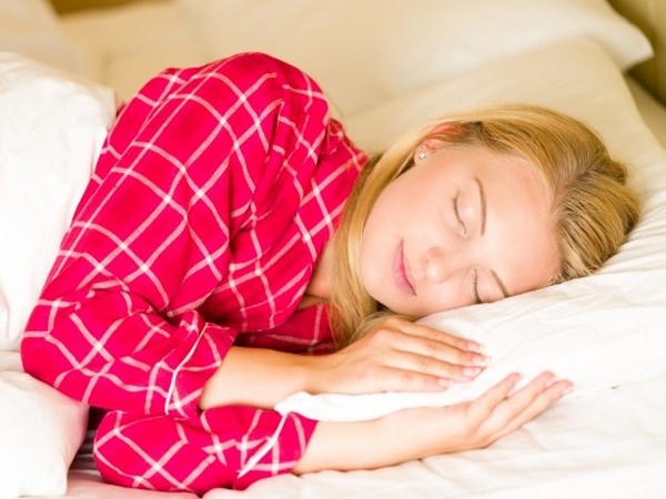 Poor sleep quality may lead to excessive food and calorie intake.