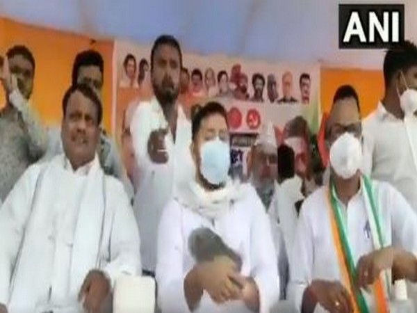 RJD leader Tejashwi attacked with slippers in Aurangabad rally on Tuesday. Photo/ANI