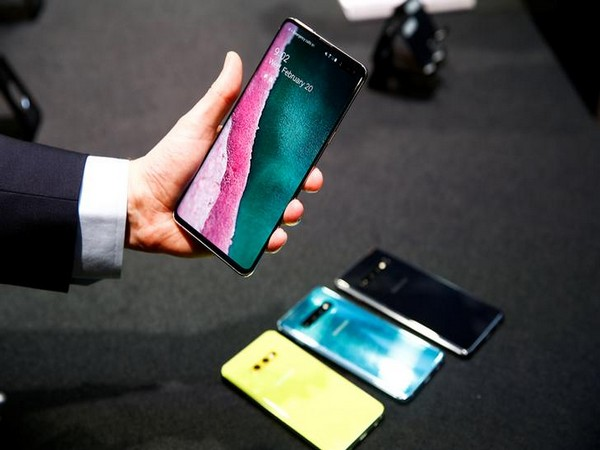 Samsung Galaxy Fold successor won't be as expensive: Report