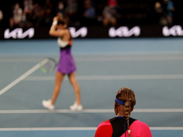 Serena defeated Halep 6-3, 6-3 in the quarter-finals on Tuesday.