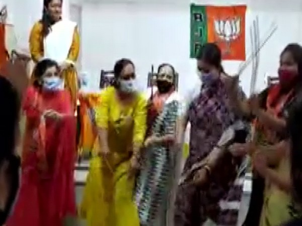 Union Minister Smriti Irani on Saturday performed Dandiya with BJP workers amid an election campaign in Tamil Nadu.