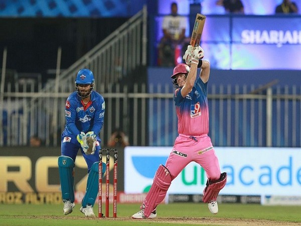Rajasthan Royals skipper Steve Smith  plays a shot during the match against DC (Image: BCCI/IPL)