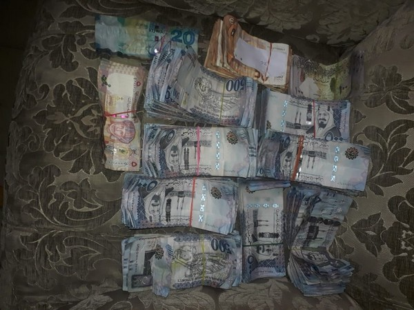 CISF detects foreign currency of worth Rs 45 lakh