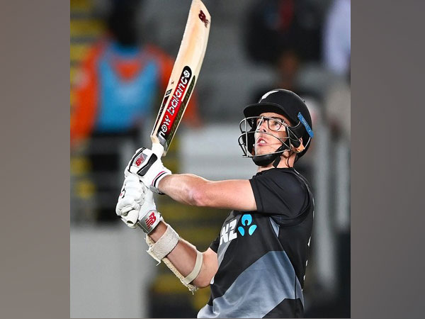 New Zealand cricketer Mitchell Santner  (Image: Blackcaps' Twitter)