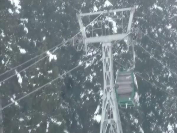 Snowfall in Gulmarg