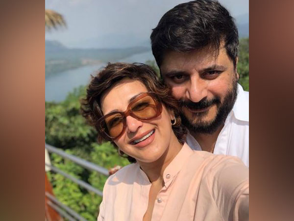 Sonali Bendre and Goldie Behl (Picture Courtesy: Instagram)