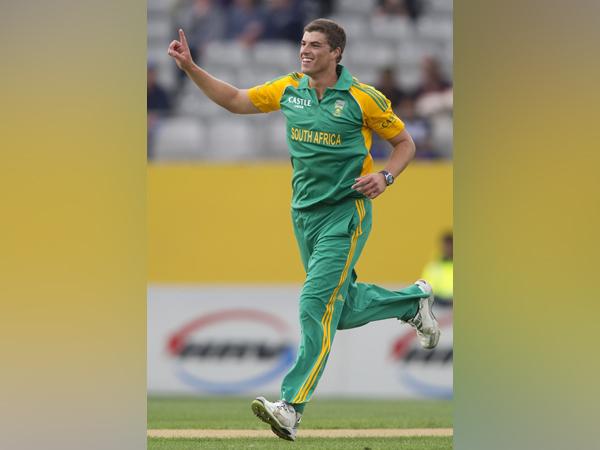 Former South African bowler Marchant de Lange.