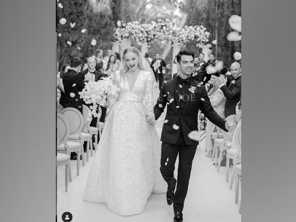 Sophie Turner and Joe Jonas (Image courtesy: Instagram)