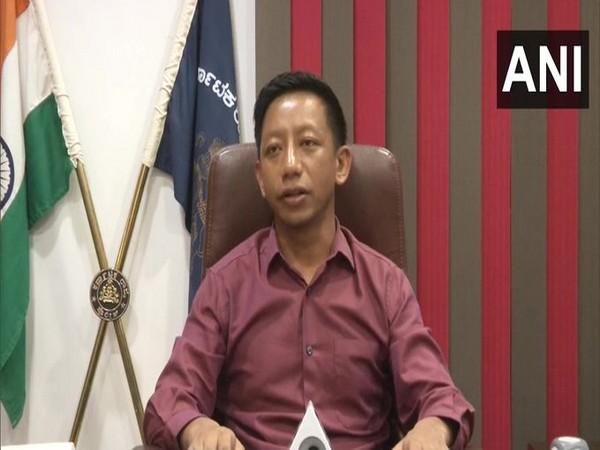 Lada Martin Marbaniang, SP Kalaburagi speaking to reporters on Monday.