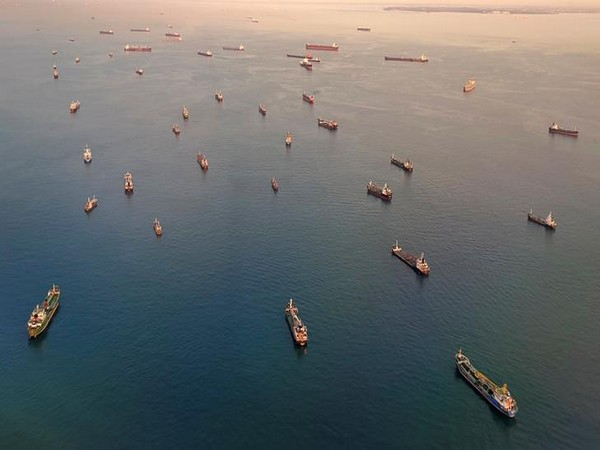 Vessels at the Singapore Strait (Photo/Reuters)