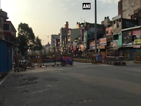The streets of Prayagraj wore a deserted look on Saturday morning amid the weekly lockdown. (Photo/ANI)