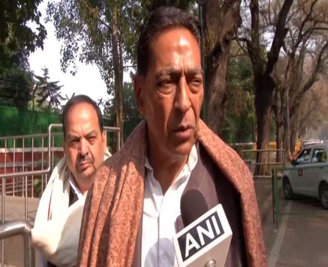 Delhi Congress unit president Subhash Chopra speaking to ANI in New Delhi on Wednesday. Photo/ANI