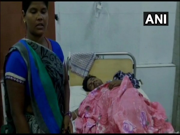 Victim Sujit Kr undergoing treatment in a hospital in Barabanki, Uttar Pradesh. (Photo/ANI)