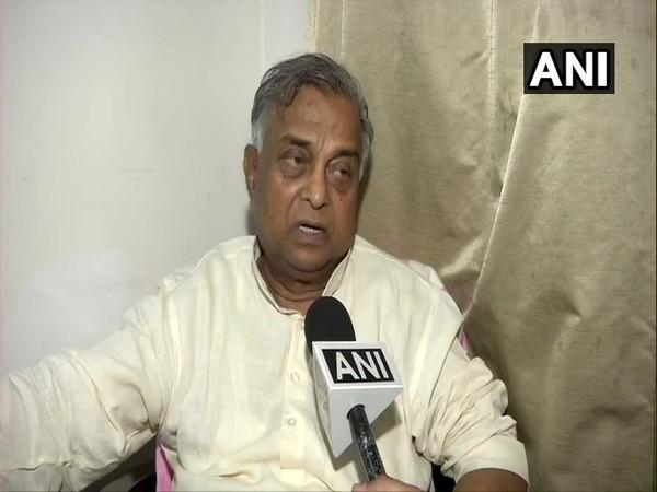 BSP leader Sukhdev Rajbhar speaking to ANI on Monday